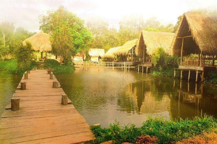 Visiting Ako Dhong village