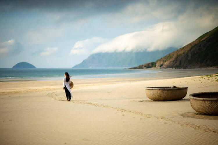 Exploring Con Son Island, Con Dao Islands in Vietnam tour