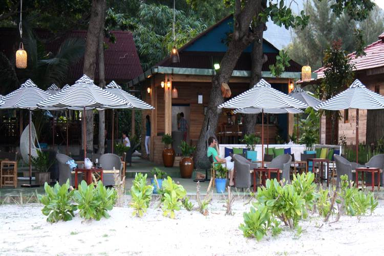 Tri Ky restaurant in Con Dao island in your Vietnam travel