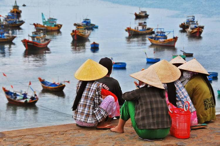 Vietnam tour and visit market in Mui Ne