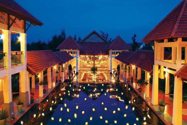 Champa Restaurant in Mui Ne in Vietnam tour