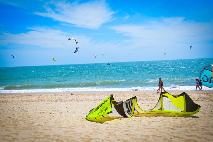 Kiteboarding & Windsurfing in Mui Ne Beach in Vietnam tour