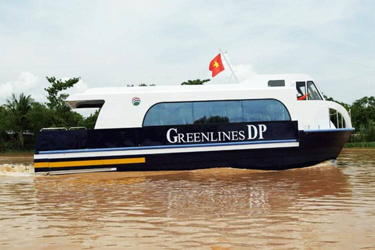 Hydrofoil between Vung Tau and Ho Chi Minh city