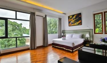 Sky View Hotel