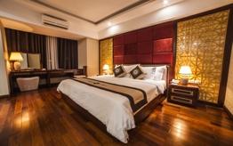 Moonlight Hue Hotel