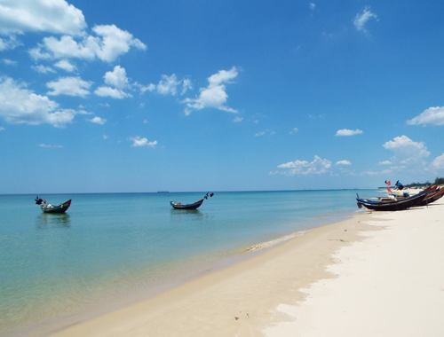 The most beautiful beaches in Phuket should to visit