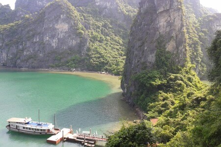 Halong Bay – One of the 3 best sites to visit in Southeast Asia