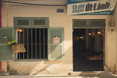 Vintage cafe shops in Ho Chi Minh city
