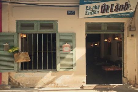 Vintage cafe shops in Ho Chi Minh city