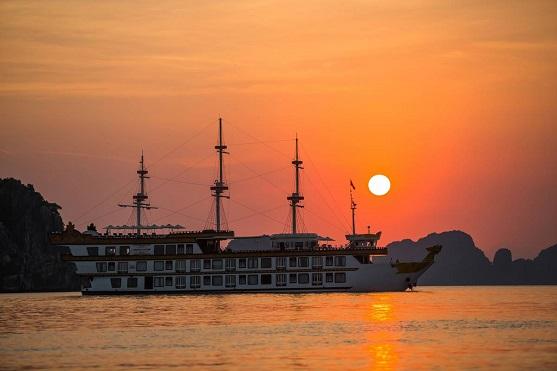 MB12 - Khám Phá Hạ Long cùng du thuyền Dragon Legend Cruise -2 ngày-1 đêm