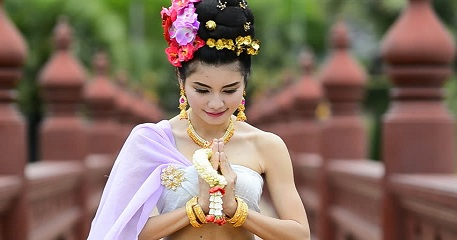 10 popular Thai Customs