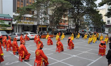 Human chess in Vietnam